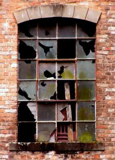 Broken window2