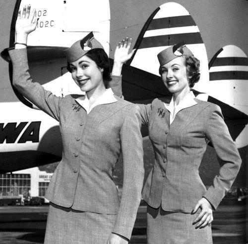 Flight_Attendants_From_The_Past_50_pics__64